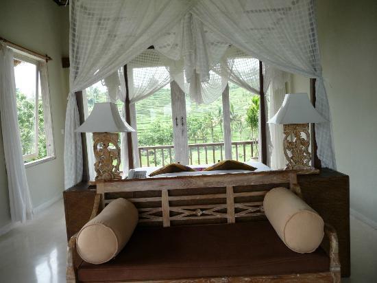 Surya Shanti Villa: Chambre n°1