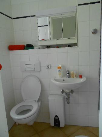 Hauptstadtferien Berlin : Bathroom