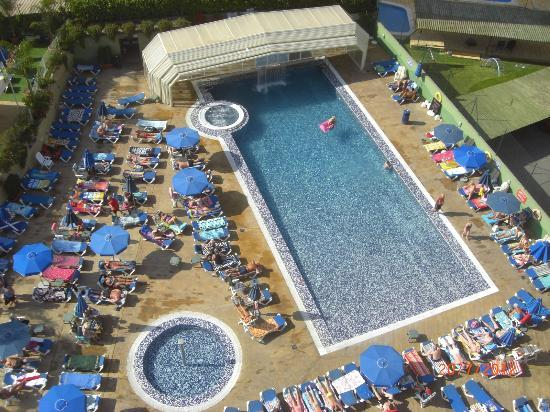Hotel Presidente 4S: Swimming pool from 9th floor