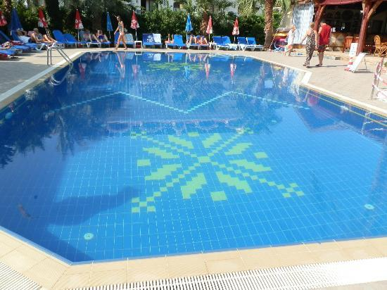 Shallowest Swimming Pool In The World