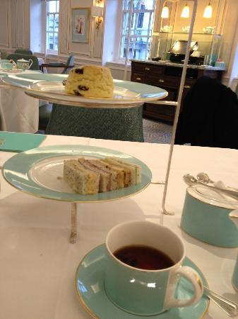 The Parlour: Afternoon Tea @ Fortnum & Mason