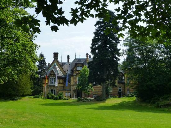 Villa Rothschild Kempinski : Rothschildpark