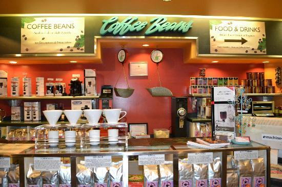 Java Cafe: they are the only coffee shop in Hawaii that serves a variety of 40+ Hawaiian coffees by the cup