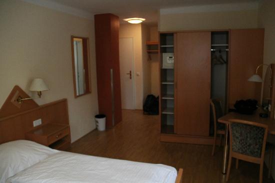 Hotel zur Post: Room