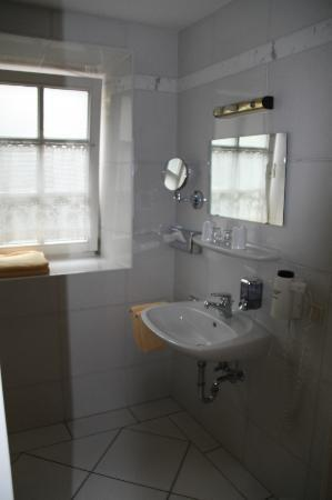 Hotel zur Post: Bathroom