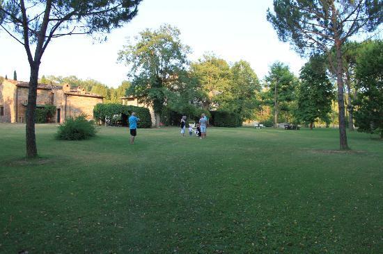 Borgo San Benedetto: speelterein en bbq terein