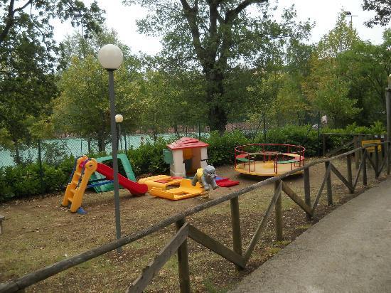 Garden Village San Marino: parco giochi