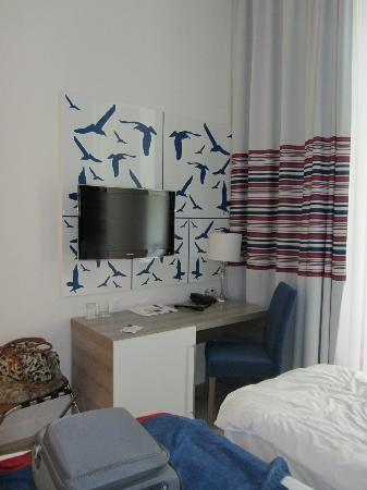 Estilo Fashion Hotel: Our room