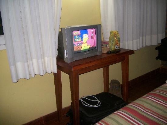 La Sorgente Hotel Posada: TV 14 pulgadas