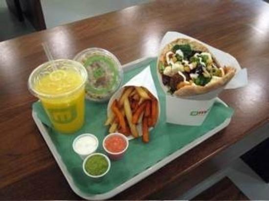 Maoz Vegetarian: Meal Deal w upgrade of Fresh Juice