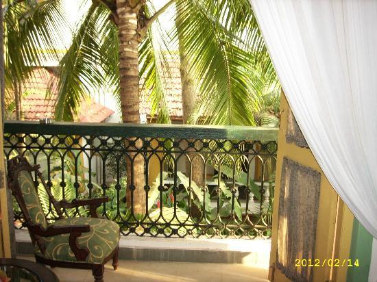 Casa Anjuna: балкон