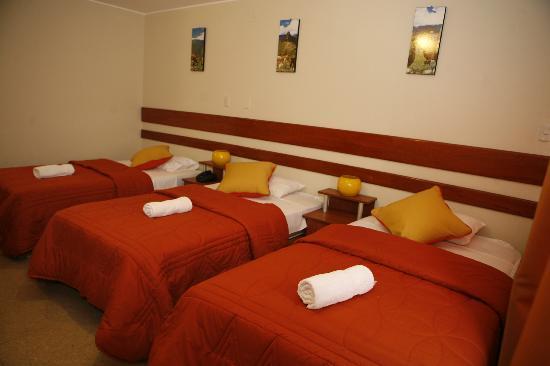 Miraflores Suites Centro: Habitacion Triple