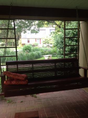 The Lancaster Bed and Breakfast: A view from the patio - love the swing