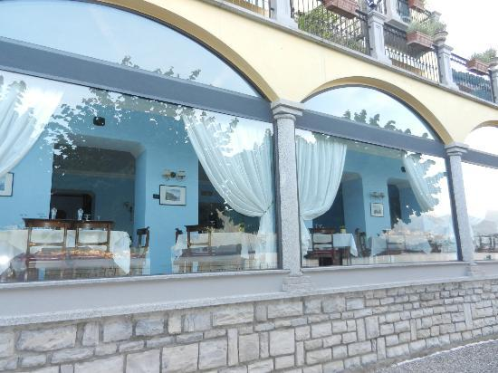 Taverna Bleu: INTERNO FOTOGRAFATO DA FUORI
