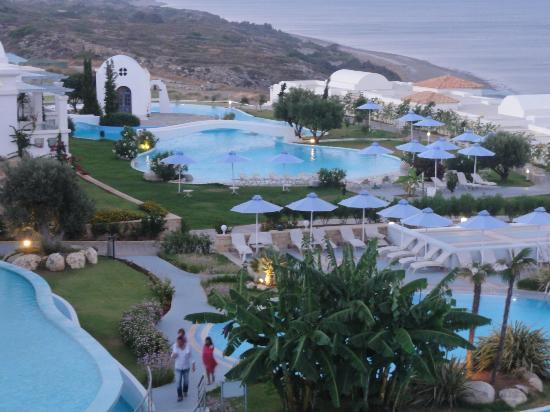 Atrium Prestige Thalasso Spa Resort and Villas : vue balcon de l'accueil principal