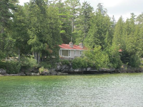 Gordon Lodge: Our cabin from pier.