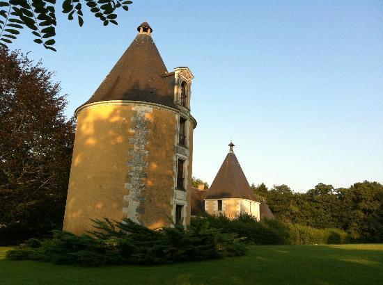 Chateau de la Menaudiere: башня, где мы жили