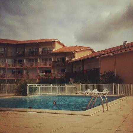 Résidence Mer & Golf Le Boucanier : piscine