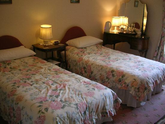 Kirkwhelpington, UK: Twin room