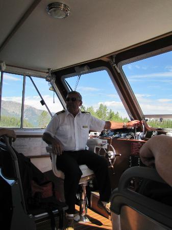Grand Teton Lodge Company Lake Cruise : Captain Brent