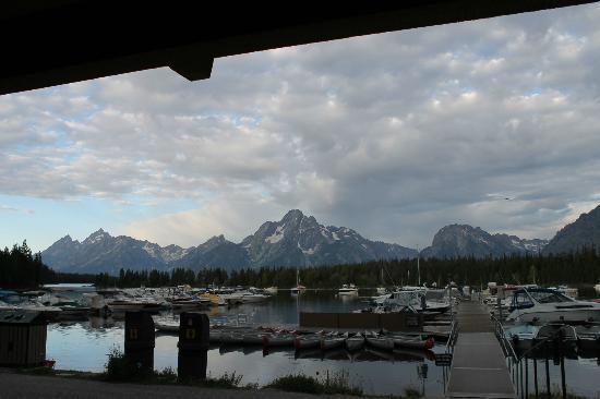 Grand Teton Lodge Company Lake Cruise : Colter Bay Marina before the cruise