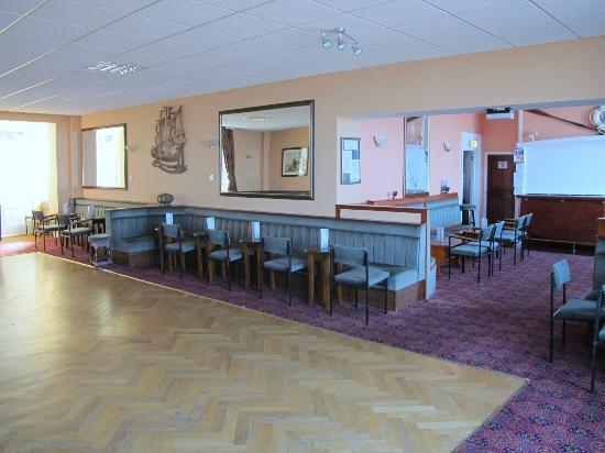 Anchor Head Hotel : bar & ballroom.