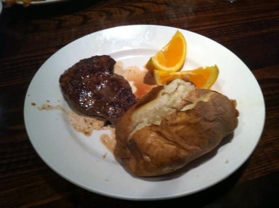 LongHorn Steakhouse: Kid's Sirloin