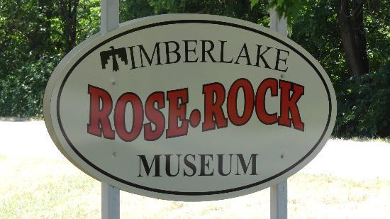 Timberlake Rose Rock Museum: Museum Sign