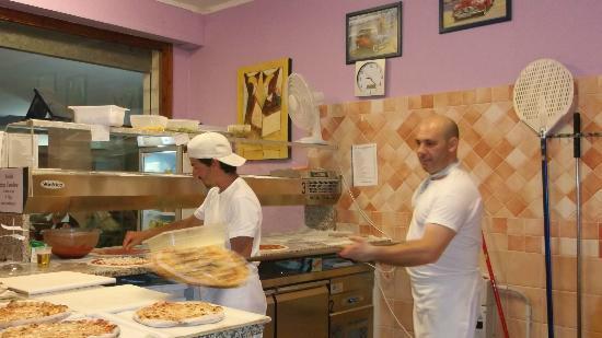 Pizza Ballacche: Cenzo.....il pizzaiolo