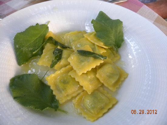 Relais Villa Baldelli: Sage ravioli