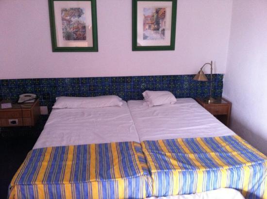 Hotel Puerto de la Cruz: habitacion