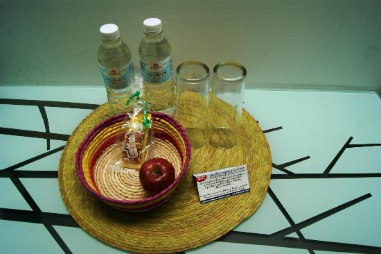 Hostel Mundo Joven Cancun : welcome snacks