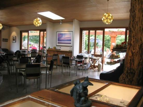 Two Rivers cafe: View of the inside of the cafe