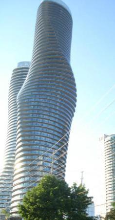 Homewood Suites by Hilton Toronto - Mississauga : Marilyn Monroe and Joe- Mississauga condos
