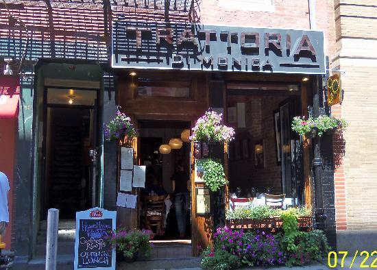 Trattoria Di Monica : Small place Big flavor
