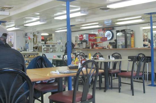 Hilltop Truck Stop: The no-frills dining room