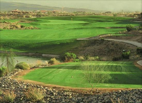 ‪Coyote Lakes Golf Club‬