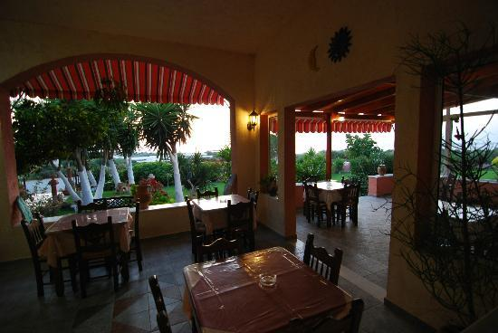 Vassilis Taverna - Cafe Bar