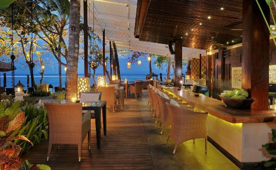 ‪Kul Kul Bar at The Laguna, Bali‬