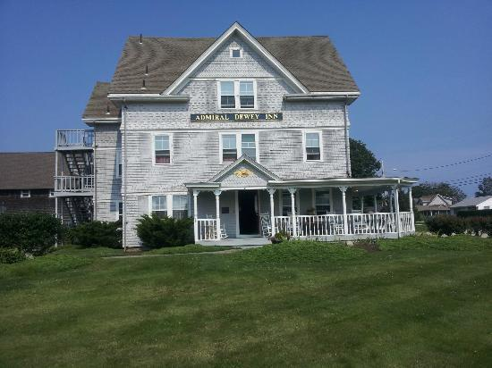 South Kingstown, RI: Heart warming with complete charm