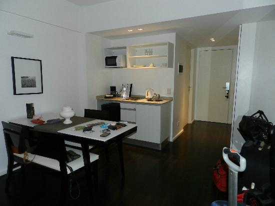 Awwa Suites & Spa: room w/kitchenette, 1st floor