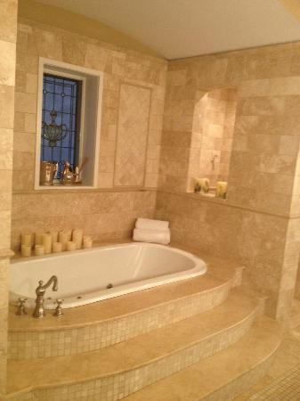 Villa D'Citta: wonderful Tub!