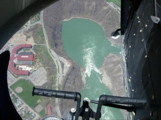 BG Tours Canada -  Toronto to Niagara Falls Day Tour: Niagara Whirlpool