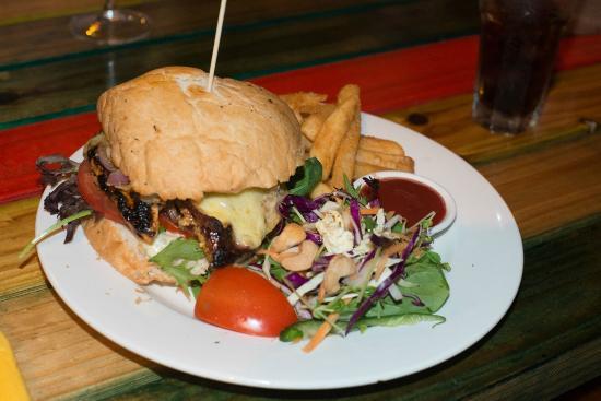 Green Ant Cantina : Burger
