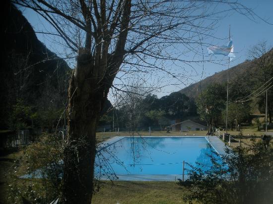 Termas De Reyes, Arjantin: pileta del complejo no del hotel