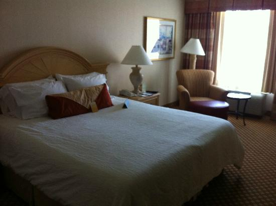 Hilton Garden Inn Mountain View: Bed