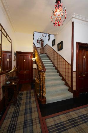 Trafford Bank Guest House: Hall
