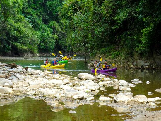 Cardona Watersports: Entering the river