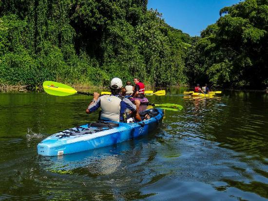 Cardona Watersports: Lake thru