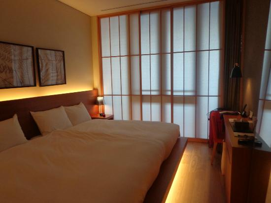 Hotel Kanra Kyoto: Actus room - bedroom